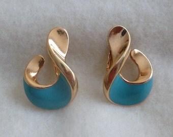 vintage aqua paisley clip on earrings