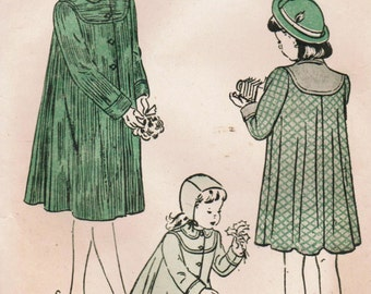 1940s Butterick 4568 Vintage Sewing Pattern Girls' Flare Back Coat, Tailored Coat Size 8