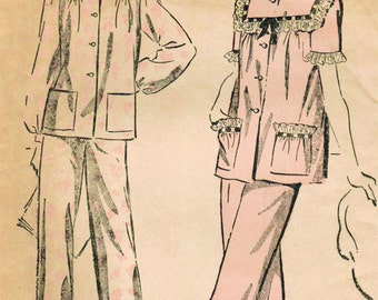 1940s Advance 4522 Vintage Sewing Pattern Misses' Pajamas Size 14 Bust 32