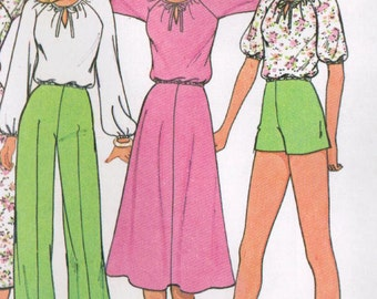 1970s McCall's 6019 UNCUT Vintage Sewing Pattern Misses' Top, Skirt, Pants, Shorts Size 12 Bust 34