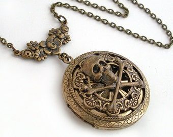 plunder jewelry reviews pirate plunder silver scent locket necklace jewelry 8561