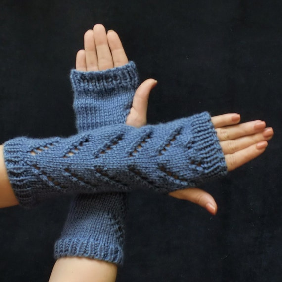 Hobo Gloves Knitting Pattern : Fingerless Gloves Chevron Lace Hobo Gloves Zig Zag Lace