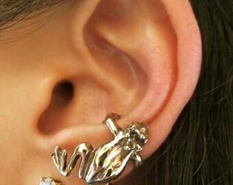 Frog Ear Cuff Bronze - Frog Jewelry - Frog Earring - Non Pierced Earring Non Pierced Ear Cuff - Frog Prince Jewelry Animal Earring Froggy
