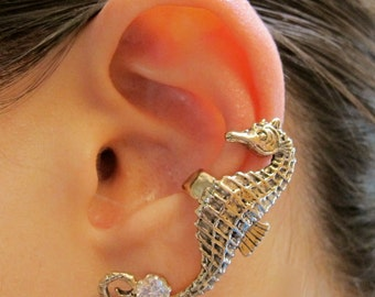 Seahorse Ear Cuff Bronze - Seahorse Earring Seahorse Ear Wrap Seahorse Jewelry - Non Pierced Earring Non Pierced Ear Cuff Ocean Jewelry
