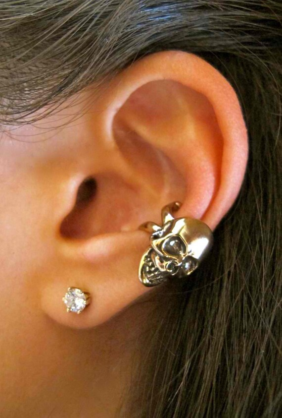 Skull Ear Cuff Bronze - Skull Earring - Skull and Crossbone Ear Cuff - Skull and Crossbone Earring Skull Jewelry Skull and Crossbone Jewelry