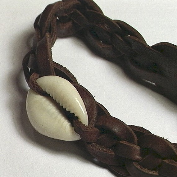 Leather Wristband -- Celtic Still Waters with Cowrie Shell -- Leather Bracelet