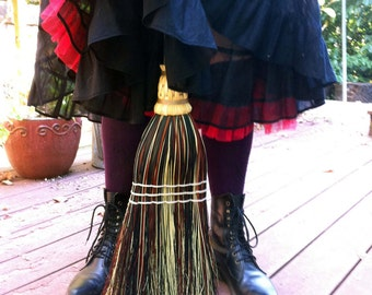 Kitchen Broom in your choice of Natural, Black, Rust or Mixed Broomcorn