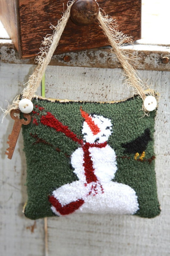 Primitive Pattern Needle Punch Snowman Pinkeep Folk Art Embroidery OFG Team