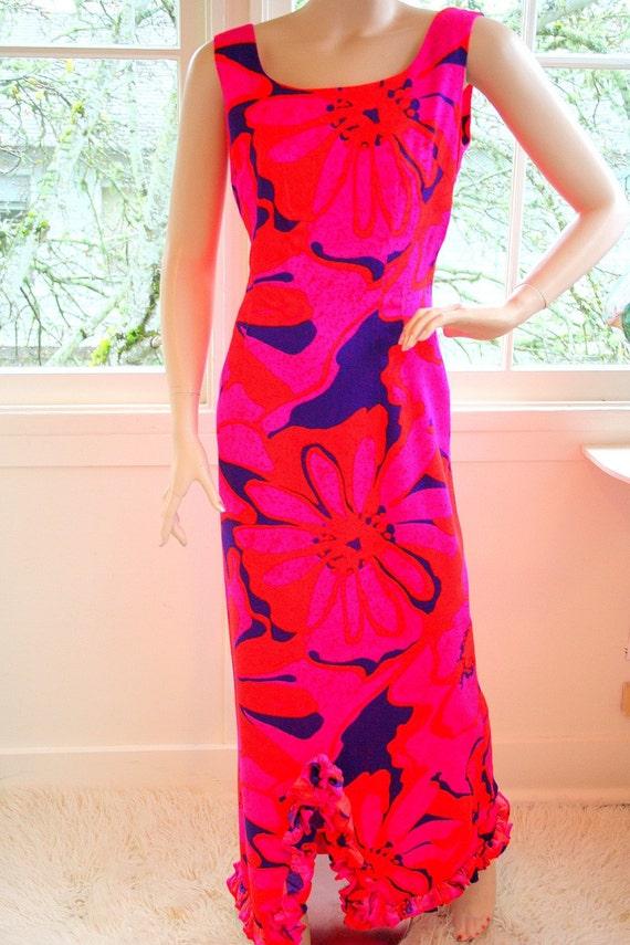Vintage 60's HOT Pink Hawaiian Maxi Dress by 'Sun Fashions of Hawaii'