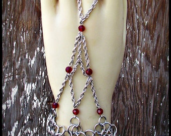 Chainmail handweb handflower slave bracelet stainless steel Ruby Red