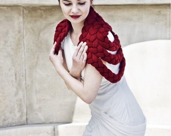 Braided Shrug in Burgundy