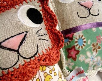 Rory Lion and Friends - Cute Retro Toy Plushie Animals, Kawaii, Digital pdf Pattern 4 to make