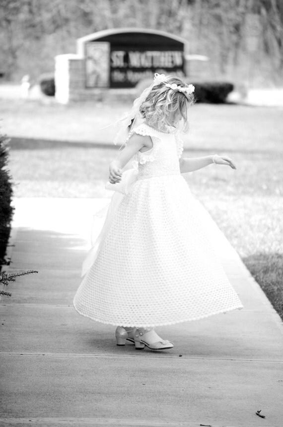 Devin's White Diamond Ensemble Little Girl Dress PDF Crochet Pattern - size 8 / 9