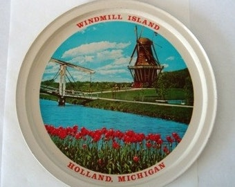 Vintage Metal Tray, Summer Vacation Souvenir Barware Holland Michigan Tray, Metal Serving Tray, Windmill Island Tray Made in Hong Kong