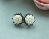 A Light Ivory Daisy Chrysanthemum Flower Antiqued Bronze Filigree Post Earrings. Bridesmaid Earrings. Bridesmaid Gifts. For Daughter.