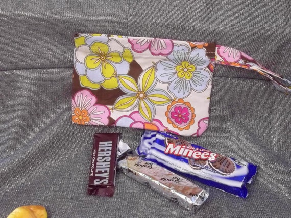 Reusable Snack Bag, Many Zinnias Print