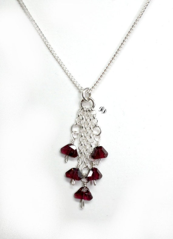 """Garnets and sterling silver elegant gothic necklace - """"Red love"""" Valentine's day jewelry - every day jewelry"""