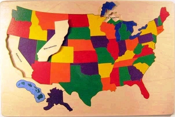 Wooden Puzzle Of The USA A CLASSIC Toy With States And - Puzzle us map
