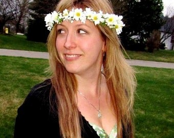 Hippie Hair Wreath Daisy chain Flower Crown 70s flower child costume Wedding accessories -Jamie- Head Wreath Bride headpiece halloween