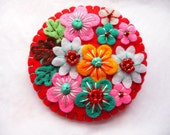 ON SALE - 20% off - Pre-Christmas Sale - Japanese Art Inspired Felt Brooch - Red