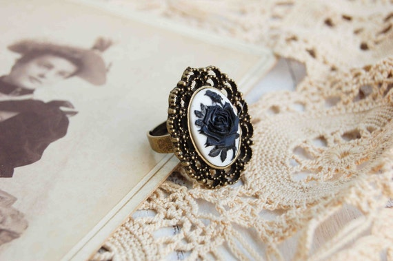 Black ROSE CAMEO Ring Antique Style Filigree Ring Victorian Romantic Goth