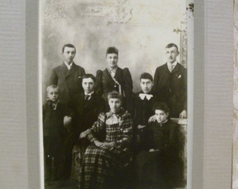 SALE.....Large Family Photo - 4 Brothers and 4 Sisters - Great Checkered Dress - Antique Photo in Folder - 1800's
