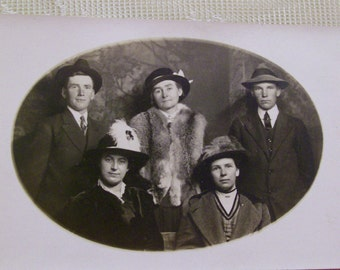 Brothers and Sisters with Hats and Mink Stole - Vintage Photo Postcard - early 1900's