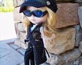 SALE 10% OFF - Blythe Hat, Bag in Black - Blythe Doll - Blythe Clothes - Blythe Outfit - Blythe Fashion - Blythe Accessories - Ready to Ship