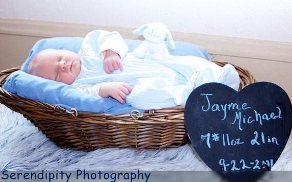 Newborn Baby Photo Prop Chalkboard Heart Announcements
