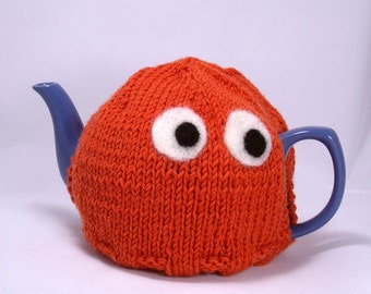 Made to Order - A Member of the Pac, Man tea cosy - A cute and friendly sweater for your teapot - Color Choice