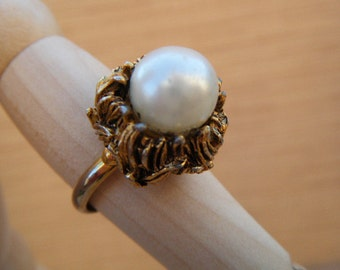 Faux Pearl Ring Furry Details Adjustable