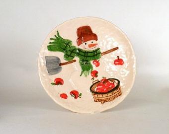 "Vintage Plate Snowman Winter Holiday Kitchen Serving Home Decor Housewares Serving 10"" in Diameter Priced Under 15"