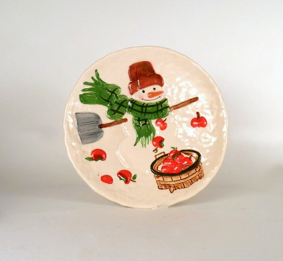 "Vintage Plate Snowman Winter Holiday Kitchen Serving Home Decor Housewares Serving 10"" in Diameter Priced Under 15"
