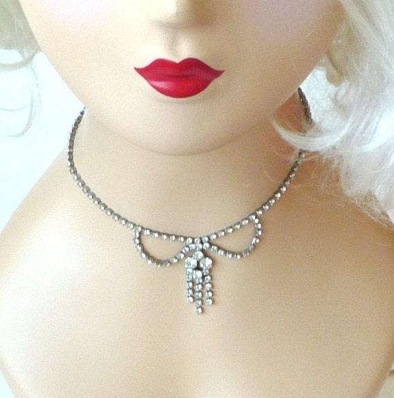 TREASURY ITEM - 1940s Rhinestone Necklace - Rhinestone Bow Necklace - Vintage Rhinestone Choker - Gatsby 1920s Style - Art Deco Necklace