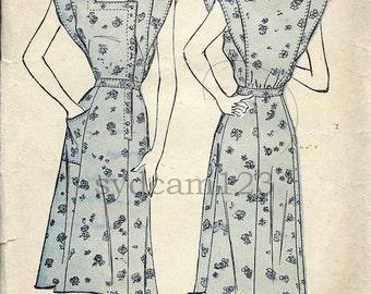 Vintage 1940s Side Button Front Dress Pattern Square Neckline Extended Shoulders 1947 Advance 4601 Bust 34