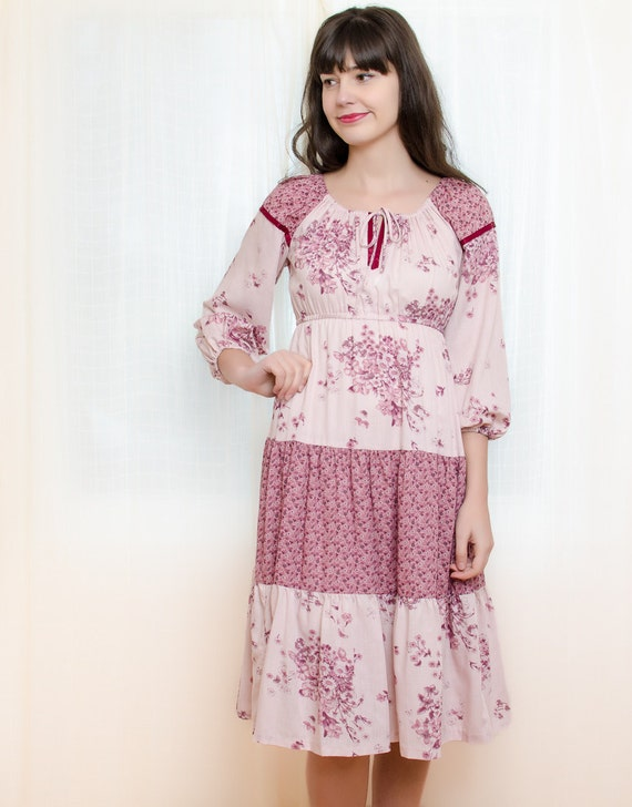Vintage 1970s Dress - Bohemian Peasant Pink Dress - S / M