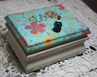 Jewelry Box Soft Wildflowers