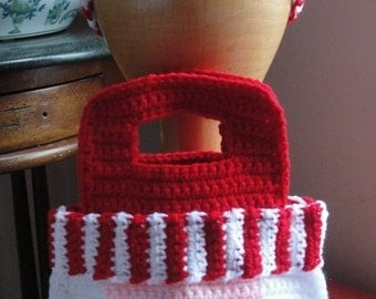Girl's Santa Purse Crochet Pattern Christmas Bag and Striped Headband with Flower