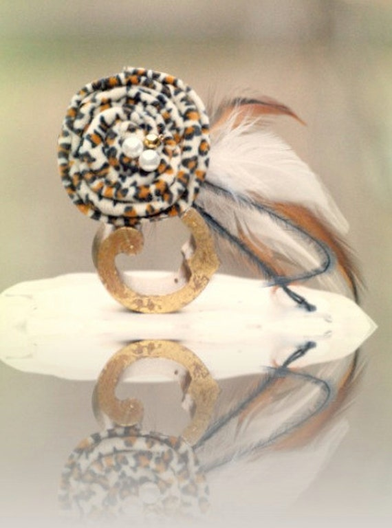 Leopard & Feather Hair Clip. Handmade Mini Fascinator. Tan Camel Beige Brown. Birthday Gift. Chic Hair Women Couture. Sassy Bridal Party Pin