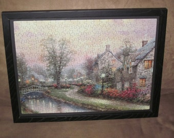 Thomas Kinkade Puzzle Picture (Lamplight Lane)