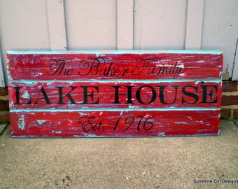 Lake House wood sign, 3 planked wood sign,Custom lake house sign, Lake house decor, Established year,best selling sign, plank sign