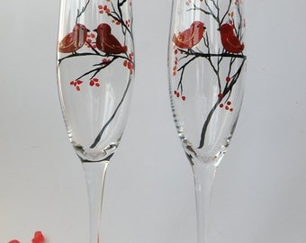 Hand painted Wedding Toasting Flutes Set of 2 Personalized Champagne glasses red Love Birds on the branch