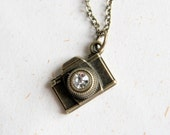 Camera Necklace (N277) - Small Camera in vintage brass color