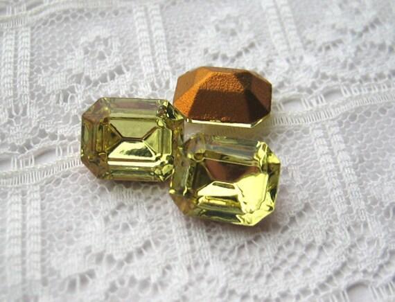 Vintage Rhinestone 10x8 Swarovski Jonquil Light Yellow Octagons