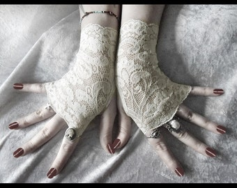 Rohan Lace Fingerless Gloves - Soft Ivory Cream Metallic Floral - Gothic Vampire Regency Tribal Bellydance Goth Austen Bridal Fetish Gypsy