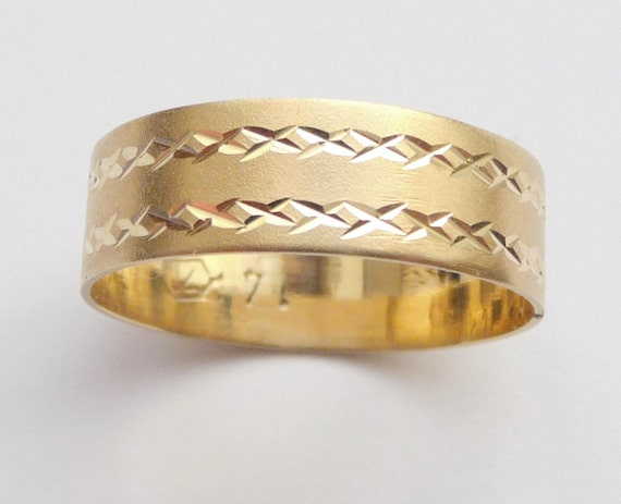 Gold wedding band men's wedding band womens ring unique wedding band 6mm wide