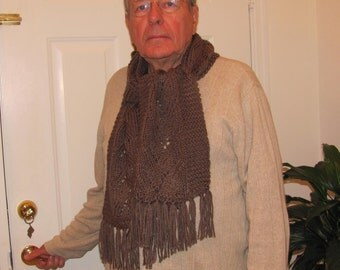 READY TO SHIP : Mens,Taupe scarf, hand knitted in a daffadill pattern in a long length