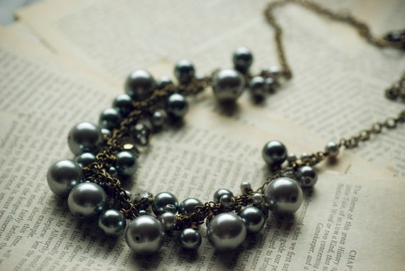 Chunky gray necklace - slate pearl