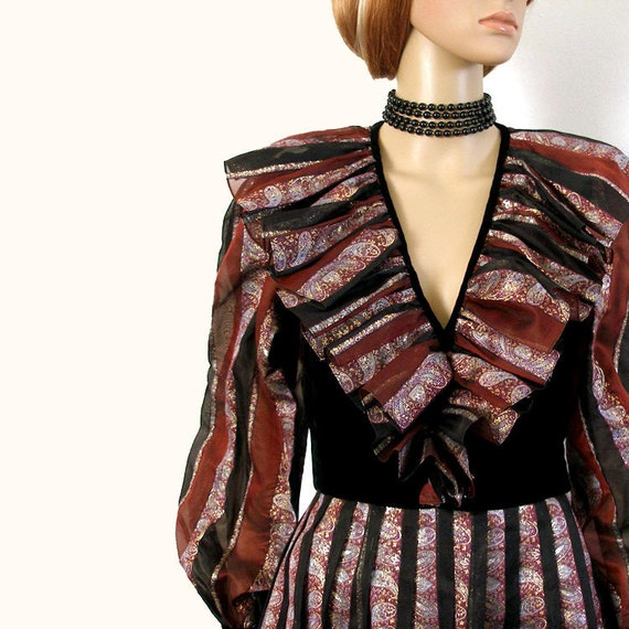 Vintage 1980s Evening Gown Low Neck Designer Long Dress / Medium
