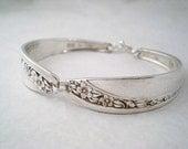 FLOWERGIRL Spoon Bracelet, FREE ENGRAVING, Custom Junior Bridesmaid Silverware Jewelry, Childrends Bracelet, Wedding Vintage Starlight 1953